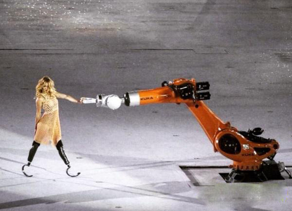 Skier Amy Purdy Wearing A 3D Print Dress Stunning Opening Ceremony Of The Paralympic Games